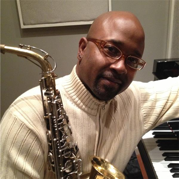 SaxTherapist Traysee J Leonard